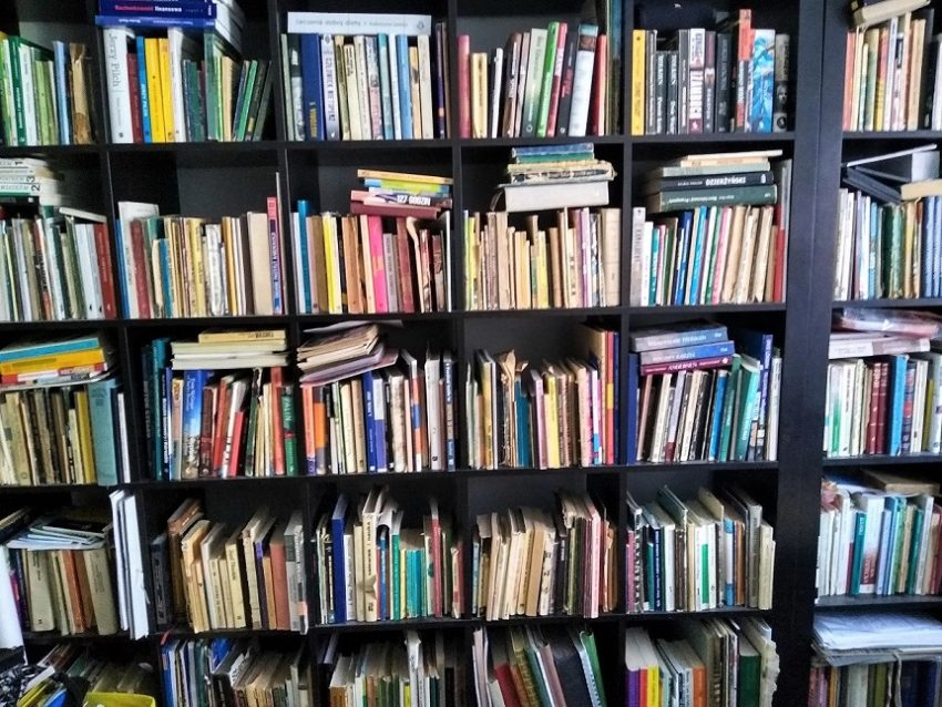 regał książki